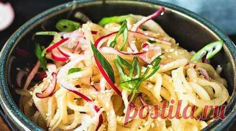 3 простых салата из белой редьки в азиатском стиле | Поделки, рукоделки, рецепты | Яндекс Дзен