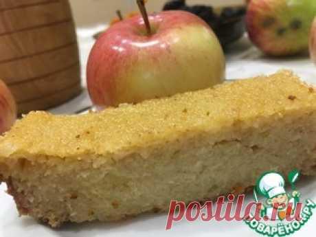 Сочный манник на яблочном пюре - кулинарный рецепт