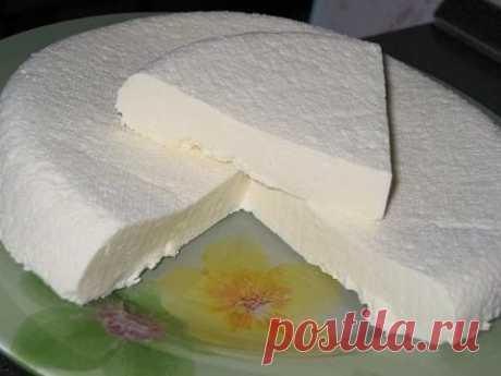 Домашний сыр, как брынза.