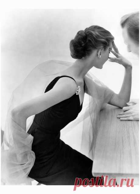 Vogue published in May 1951  Photo Don Honeyman