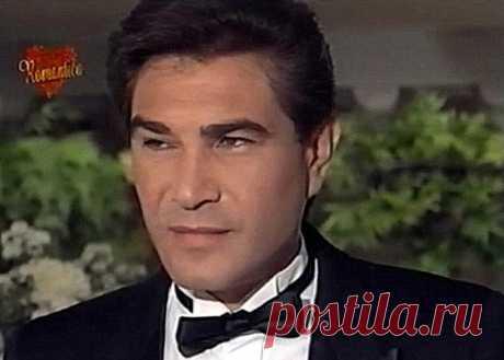Даниэль Альварадо, 12 августа, 1949  • 8 июля 2020