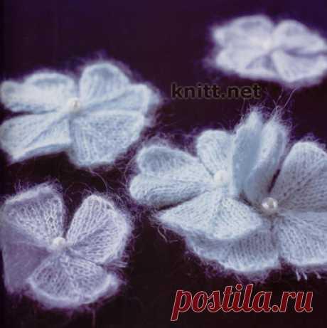 Тонкие цветочки спицами