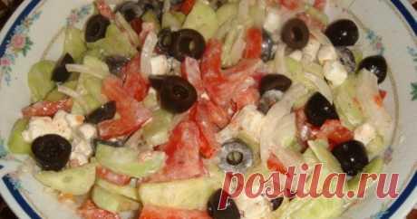 Греческий салат классический с фетой Очень свежий, вкусный и по-настоящему летний салатик!!!