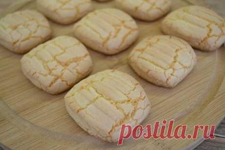 Печенье домашнее мука – 150 гр. крахмал кукурузный – 50 гр. разрыхлитель – 1 ч.л. ванилин или ванильный сахар яйцо – 1 шт. сахарная пудра – 80 гр. растительное масло – 100 мл.