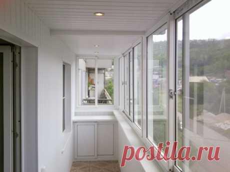Отделка балкона - фото современных идей в оформлении балкона