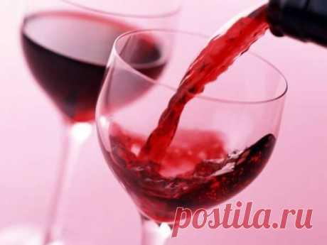 18 фактов о вине....  О том, что истина заключается в вине, знали еще древние римляне. Этот изысканный напиток овеян славой и облагорожен давними традициями, однако многие любители вина знают о нем очень мало. Специально …