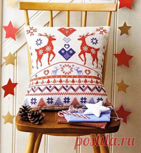 Новогодняя вышивка крестиком бисером