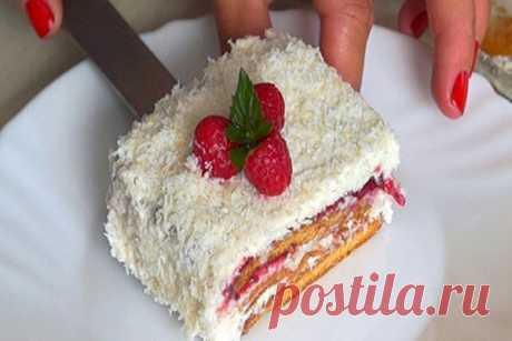 Изумительный тортик без выпечки с кокосовым кремом и малиной