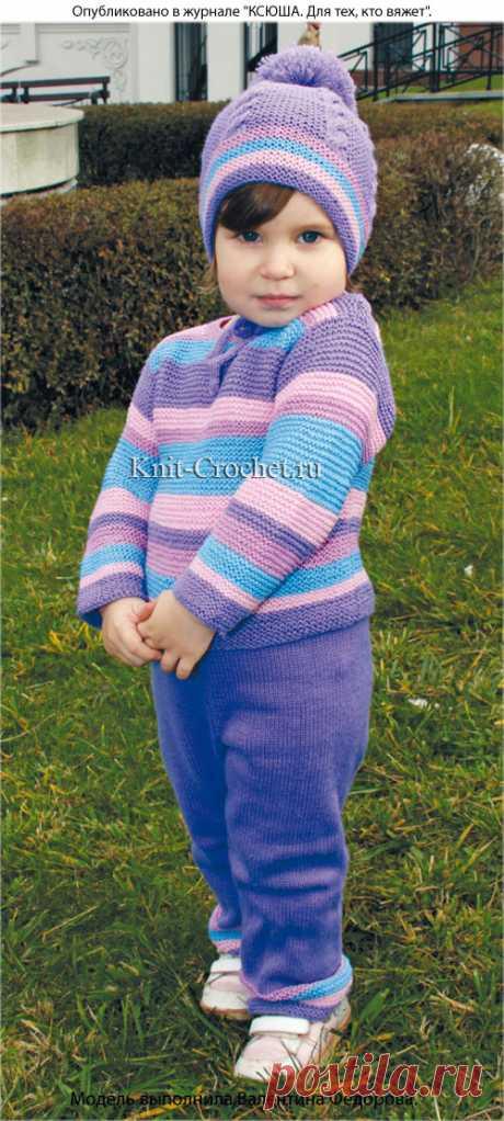 Детский комплект: пуловер, брюки, шапочка и шарф спицами