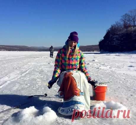 Рыбацкий ящик – что внутри? ТОП 12 полезных вещей   Рыбалка для людей   Яндекс Дзен