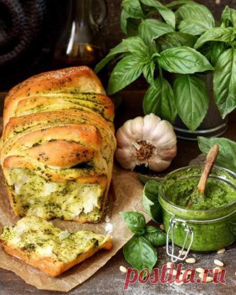 Хлеб-гармошка с зеленью