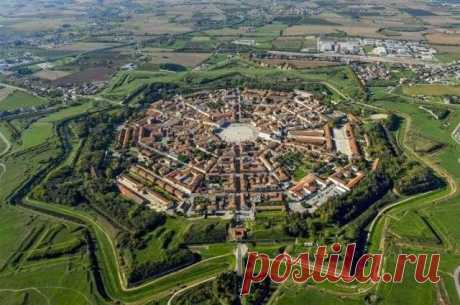 Интересные места в Италии: Пальманова город-звезда