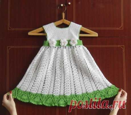 Платье для девочки. Работа Анастасии Кречетовой (Новосибирск)