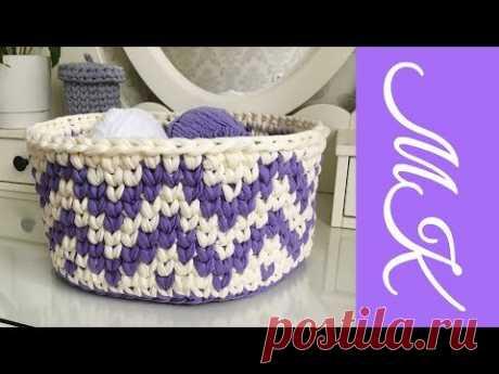 Корзинка крючком из трикотажной пряжи (ленточной). How to make crochet basket