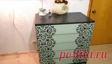 Девушка перекрасила мебель в комнате и преобразила ее с помощью орнамента. Результат и ход работы. | Волшебство ремонта | Яндекс Дзен