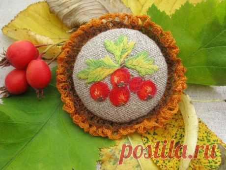 Создаем брошь с вышивкой гладью «Дары осени»