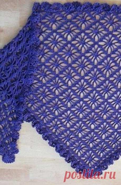 Изысканная шаль василькового цвета