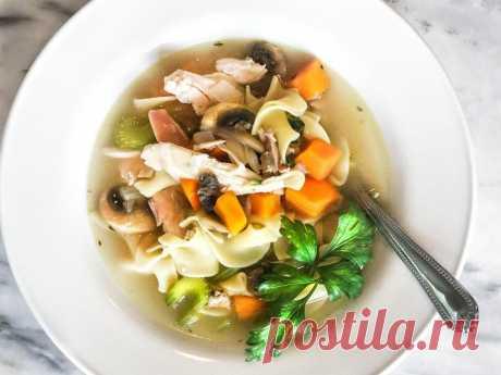 Куриный грибной суп с лапшой и сельдереем рецепт с фото пошагово Куриный грибной суп с лапшой и сельдереем - пошаговый кулинарный рецепт приготовления с фото, шаг за шагом.