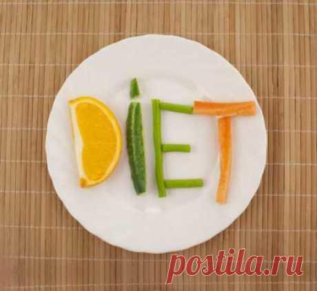 А вот как именно ограничивать — возможны варианты. Мы обсудили с диетологом основные принципы построения всех систем похудения....
