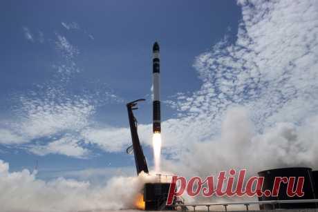 Частная компания Rocket Lab выполнила коммерческий запуск лёгкой ракеты Electron