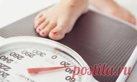 Учёные назвали продукт, сжигающий жир во сне - ИА «Север-Пресс» Употребление творога перед сном не только не приводит к увеличению массы тела, но и помогает снизить количество жира в организме. Об этом свидетельствуют данные, опубликованные в British Journal of Nutrition. Ученые из Университета штата Флорида провели эксперимент, в ходе которого участники в возрасте от 20 лет съедали порцию творога за 30-60 минут до сна. Выяснилось, …