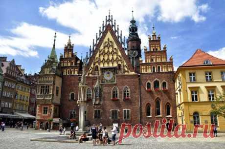 10 самых красивых замков Польши