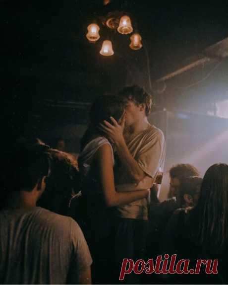 10 небанальных фактов о поцелуях