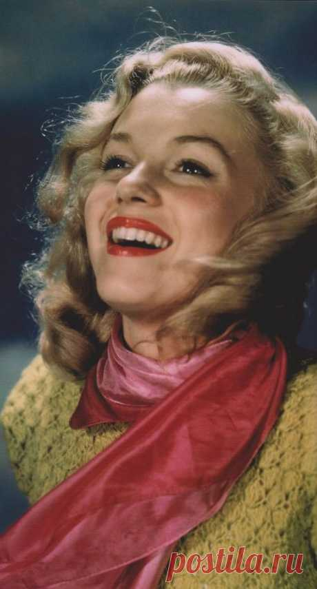 Classic Marilyn Monroe: Berry
