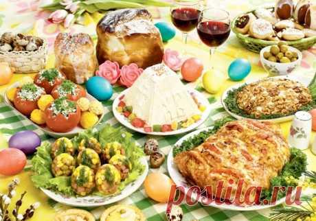 Что приготовить на Пасху 2020 быстро и вкусно. Рецепты блюд к пасхальному столу Вкусные пасхальные рецепты - очень разнообразное и при этом простое в приготовлении пасхальное меню. Пасхальный стол от куличей до закусок и напитков!