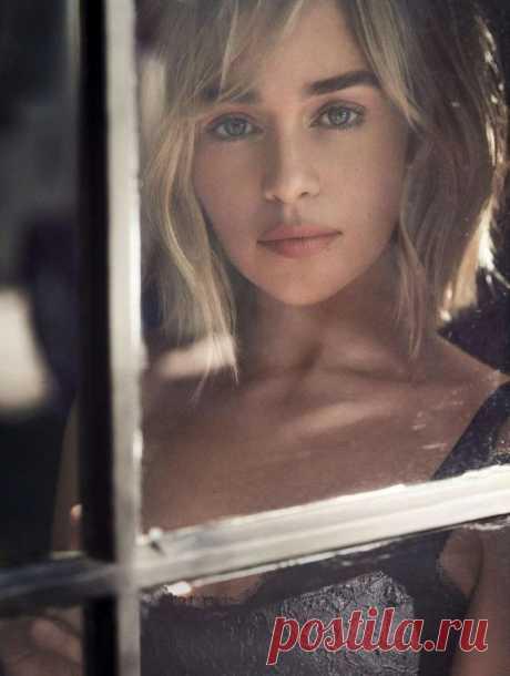 """Эмилия Кларк снялась в восхитительной фотосессии накануне премьеры нового сезона """"Игры престолов"""" - Все самое интересное!"""