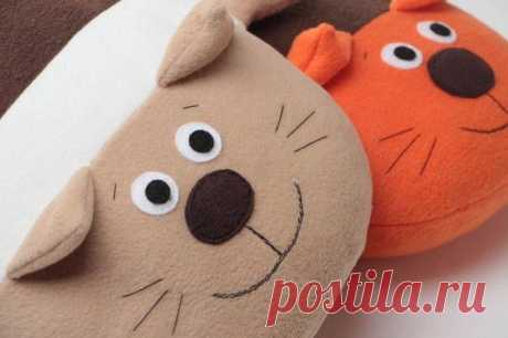 Милые котики: игрушки подушки!