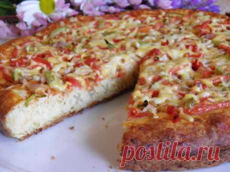 Пицца на творожном тесте с курицей