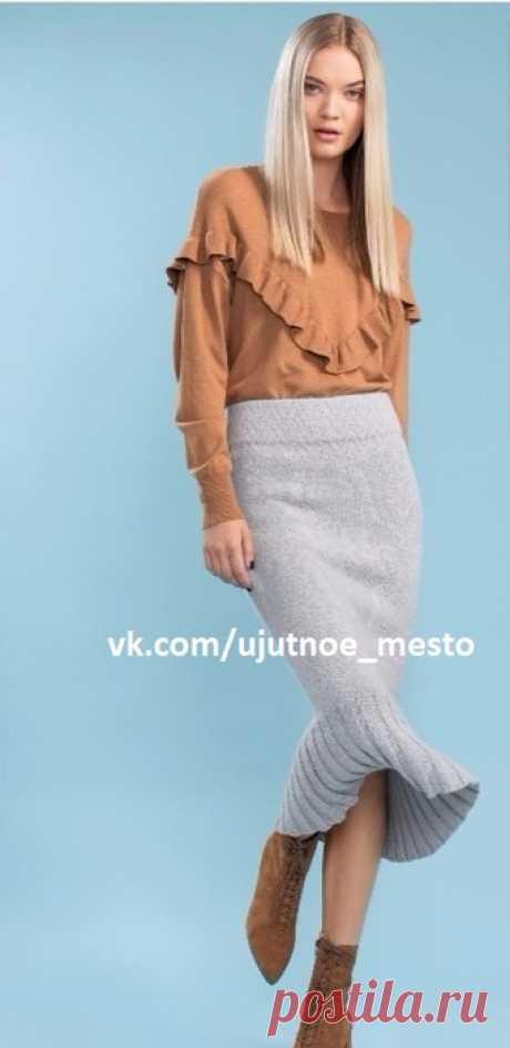 Юбка годе жаккардовым узором спицами (схема в файле)  Размеры: S (M) L (XL) XXL  Готовая юбка:  Показать полностью…