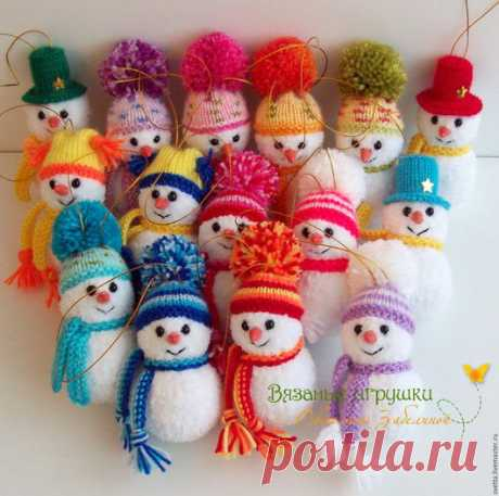 """Купить """"Снеговички"""" вязаные игрушки - вязаная игрушка, снеговик, Новый Год, новогодний подарок, подарок"""