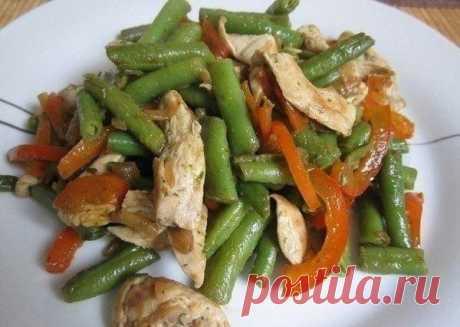 Тёплый куриный салат | Кулинарные рецепты | Яндекс Дзен