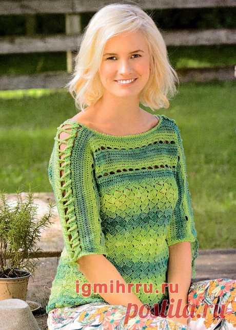 Зеленый пуловер со шнуровкой на рукавах. Вязание крючком со схемами и описанием