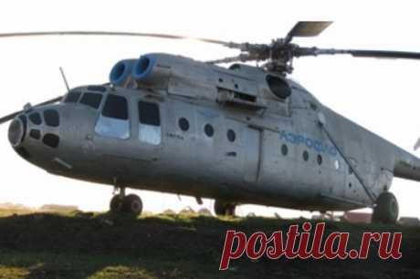 Более 60 лет назад начала развиваться вертолетная авиация в Якутии - YakutiaMedia Первые вертолеты Ми-4 поступили на базирование в Якутск и поселок Нюрба в сентябре 1955 году