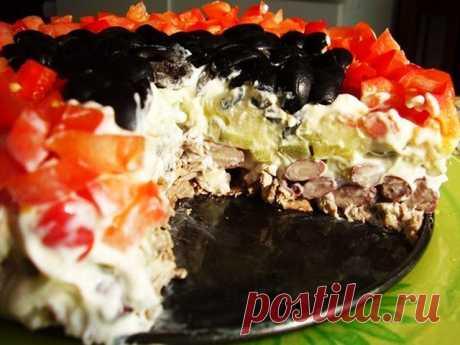 Изумительный салат «Коварство и любовь»: блюдо № 1 на праздничном столе!