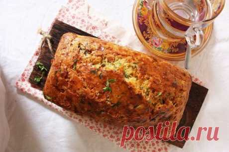 Пряный хлеб с травами - KitchenMag.ru Невероятно аппетитные запахи этого ароматного пышного хлеба, испеченного специально к обеду, быстро соберут за столом всю семью.