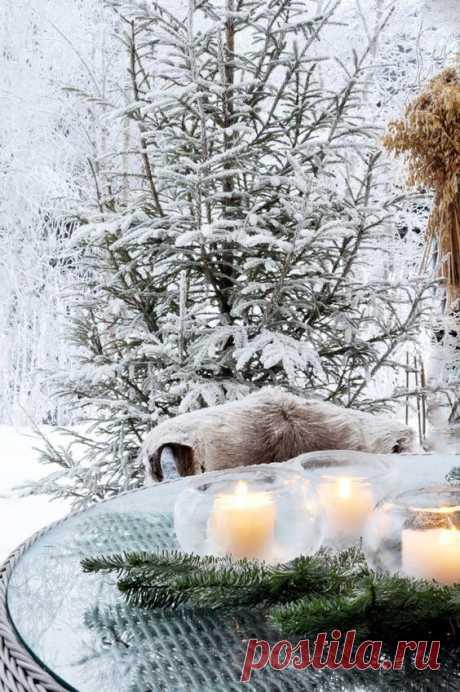 А зима, наверное, влюбилась! И тепла ей хочется впервые…