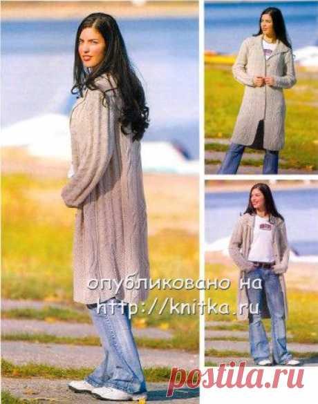 Летнее женское пальто спицами,  Вязание для детей Летнее пальто незаменимо и очень удобно. А главное – модно! Размер пальто: на возраст 15 лет и более. Вам потребуется: 1100 г бледносерой пряжи (100%