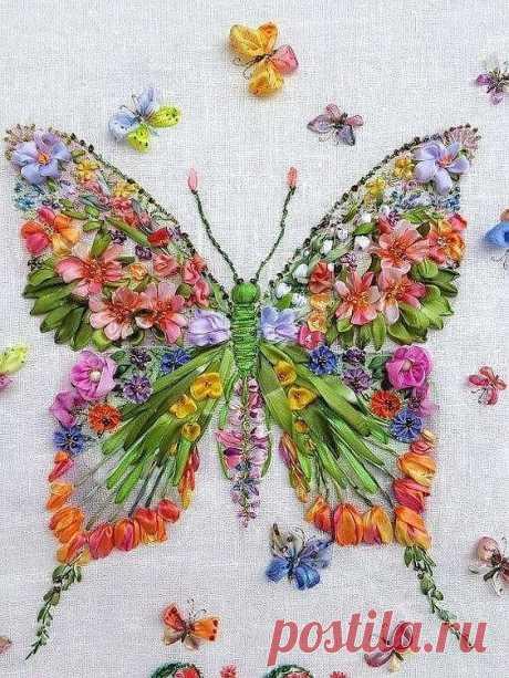 Бабочка из атласных лент