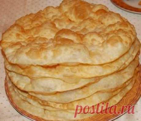 Татарские лепешки   Сегодня расскажу вам об одном из рецептов приготовления татарских лепешек Жэймя - идеально подходят для завтрака, получаются очень мягкие, вкусные и воздушные лепешки