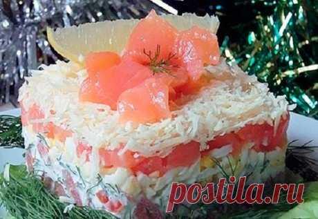Праздничный салат с красной рыбой — шикарное блюдо на Новый Год!