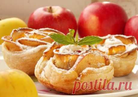 Печёные яблочные розы из слоёного теста - Ботаничка.ru