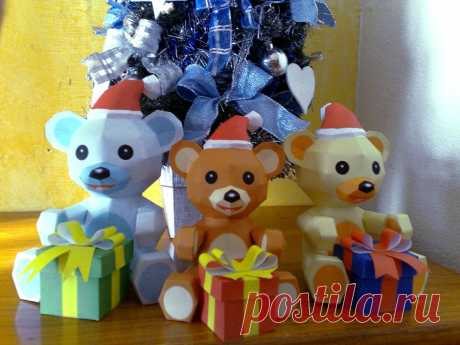 Christmas papercraft A simple papercraft made for christmas, designed and built by me. This is the download