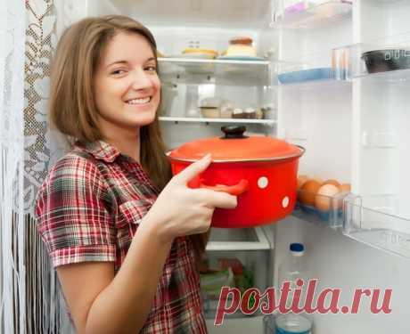 Почему горячую еду можно отправлять в холодильник.