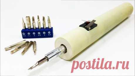 Как сделать удобную недорогую аккумуляторную электроотвертку Профессионально занимаясь ремонтом электроники ежедневно приходится вручную выкручивать и закручивать сотни винтов. Это требует времени и сил, поэтому при возможности стоит обзавестись электроотверткой. Ее можно купить или сделать своими руками.Материалы:ПВХ труба d25 мм;концевые выключатели