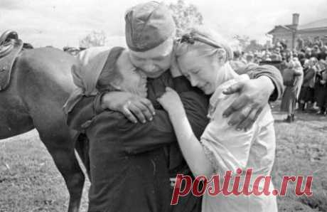 Las forografías raras de la Gran Guerra Patria \u000d\u000aPor el Día de la Victoria era puesto en marcha el proyecto de multimedia bajo el nombre «Nuestra Victoria en el objetivo». El proyecto consiste de las fotografías raras de la Gran Guerra Patria, que nos cuentan de los combatientes de Arm Rojo …