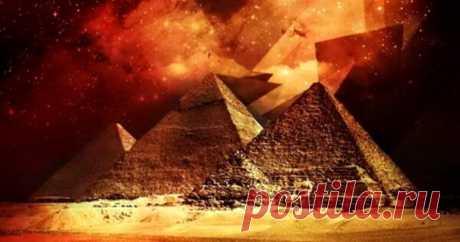Тайна пирамиды Хеопса: как и зачем строилось великое сооружение Согласно древним традициям для усопших нужно было строить богатые гробницы. На плато Гиза расположена самая большая из них — пирамида Хуфу, наследие фараона Хеопса и одно из чудес света. Уже 4500 лет сооружение остается самой величественной постройкой на планете. Команда археологов с помощью...